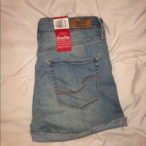 Levi's Shorts - Women's Jeans Shorts